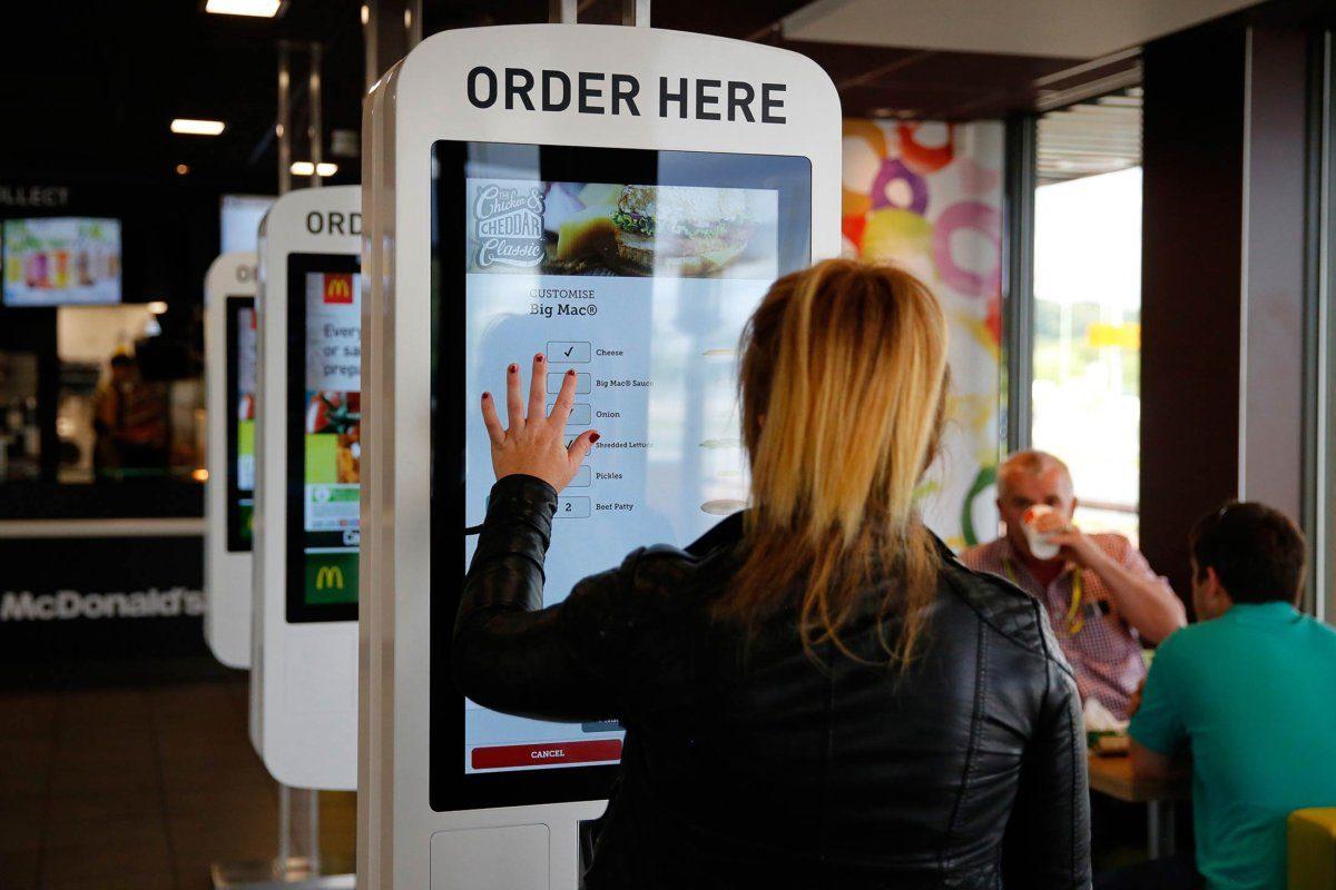interactive-and-self-checkout-kiosks
